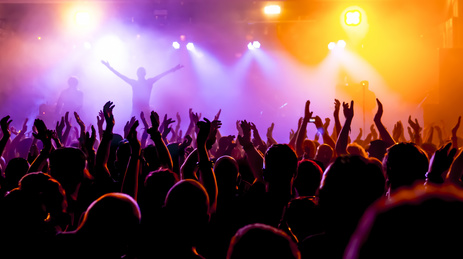 un blogueur est un chanteur